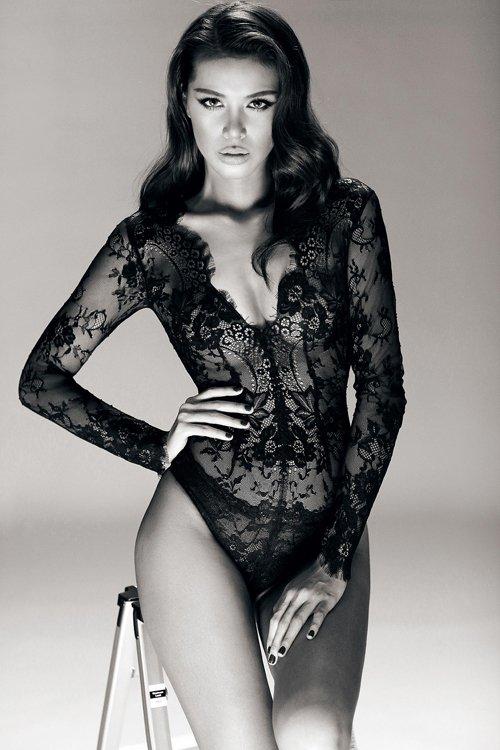 Ngắm Minh Tú cực kì nóng bỏng qua bộ ảnh mới trở về từ New York Fashion Week